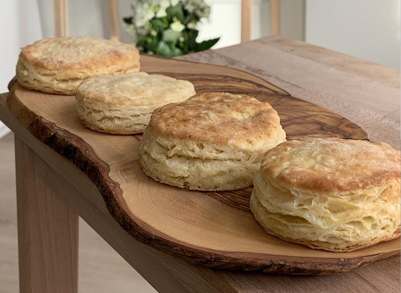 Cheddar Buttermilk Biscuit - Un sitio de gastronomía - enero 5, 2020