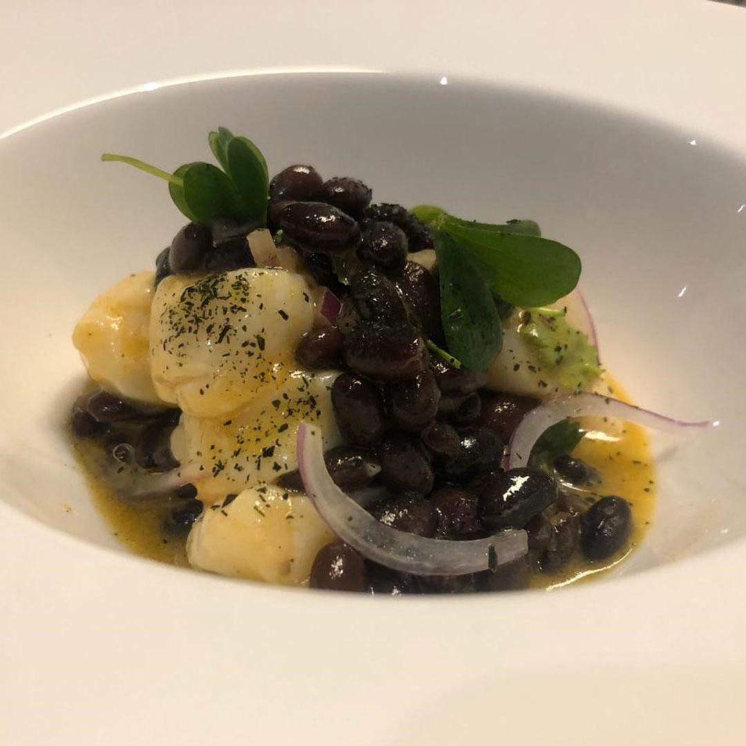 Ajo Negro. Mar de tapas - Un sitio de gastronomía - octubre 26, 2019