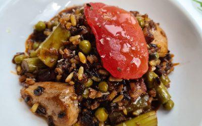 Arroz meloso con pollo de corral y verduras